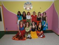 """Szeged Magyarország második Hawaii Hula """"központja"""", a lányok rendszeresen együtt gyakorolnak."""